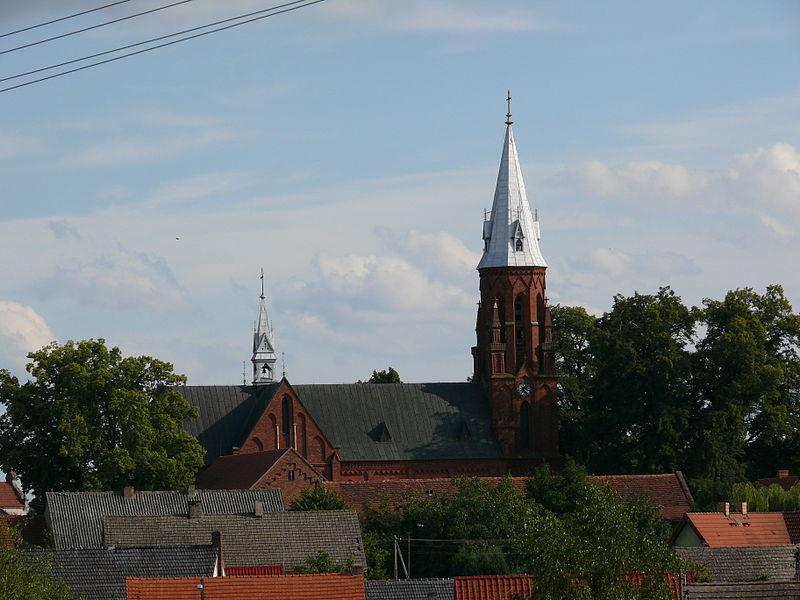 Pagórek_Lgiń_PL_Widok_na_kościół_pw._św._Bartłomieja_Apostoła_Zdjęcie_Barbara_Wrzesińska